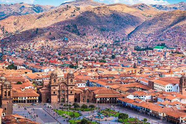 05 Day visiting Sacred Valley, Machu Picchu and Rainbow Mountain