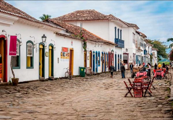 Paraty, a beautiful & romantic colonial town